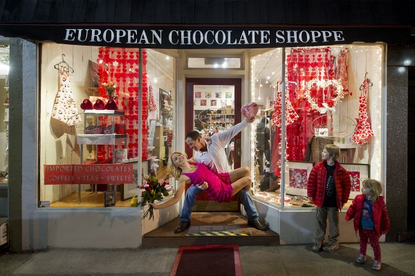 Happy Anniversay - chocolate shoppe